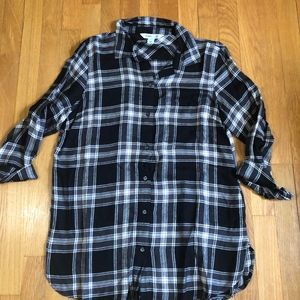 Old Navy Flannel Long Sleeved Shirt Size Medium